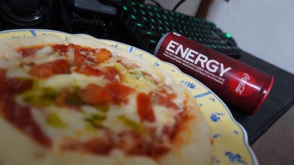ピザとコーラ